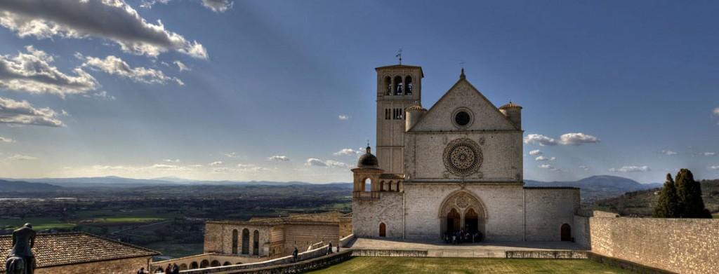 Viaggi dell'anima – il Turismo Religioso in Italia – Il Lupo e la Rondine
