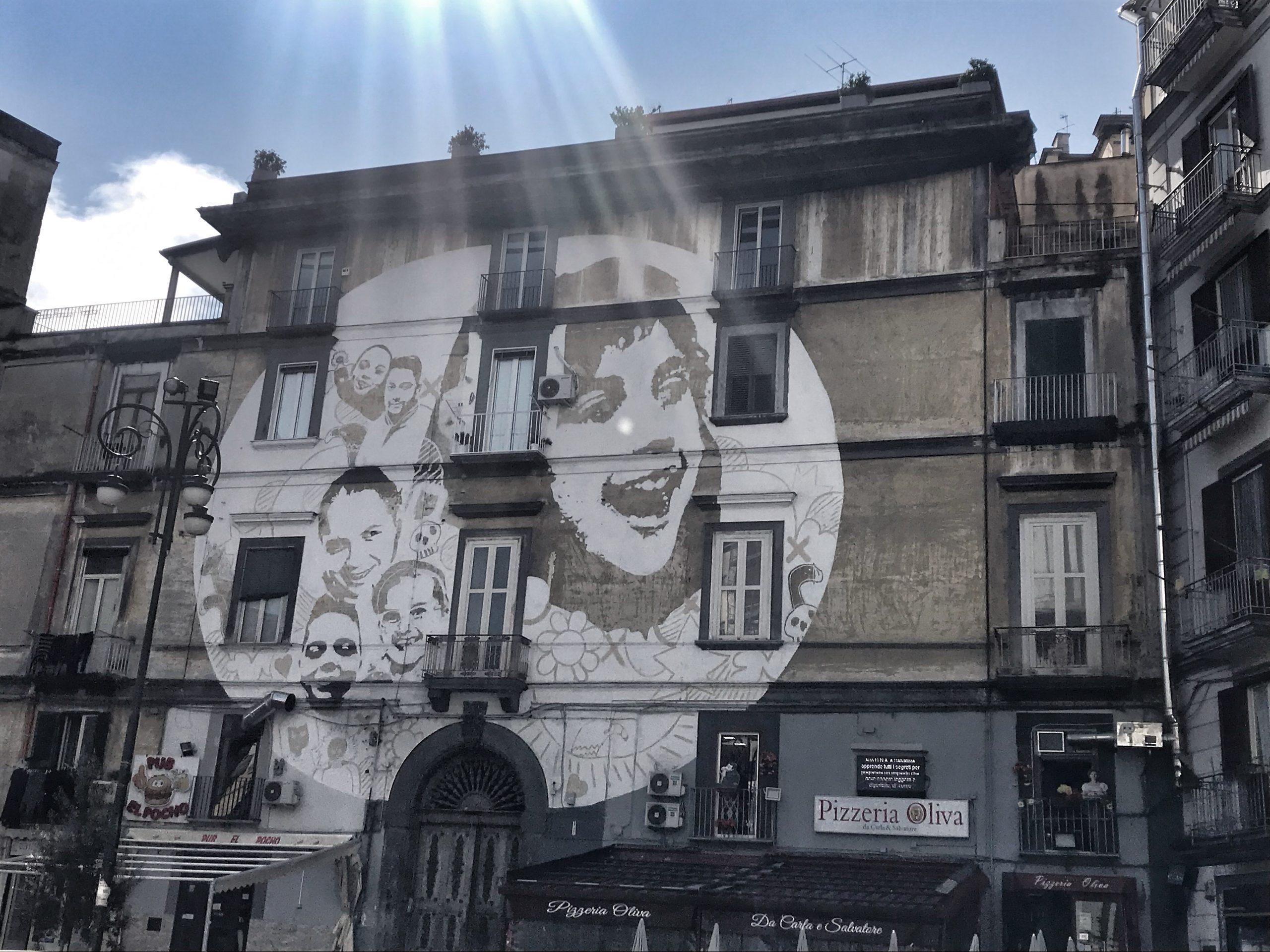 Vedi Napoli e poi vivi – Il Lupo e la Rondine