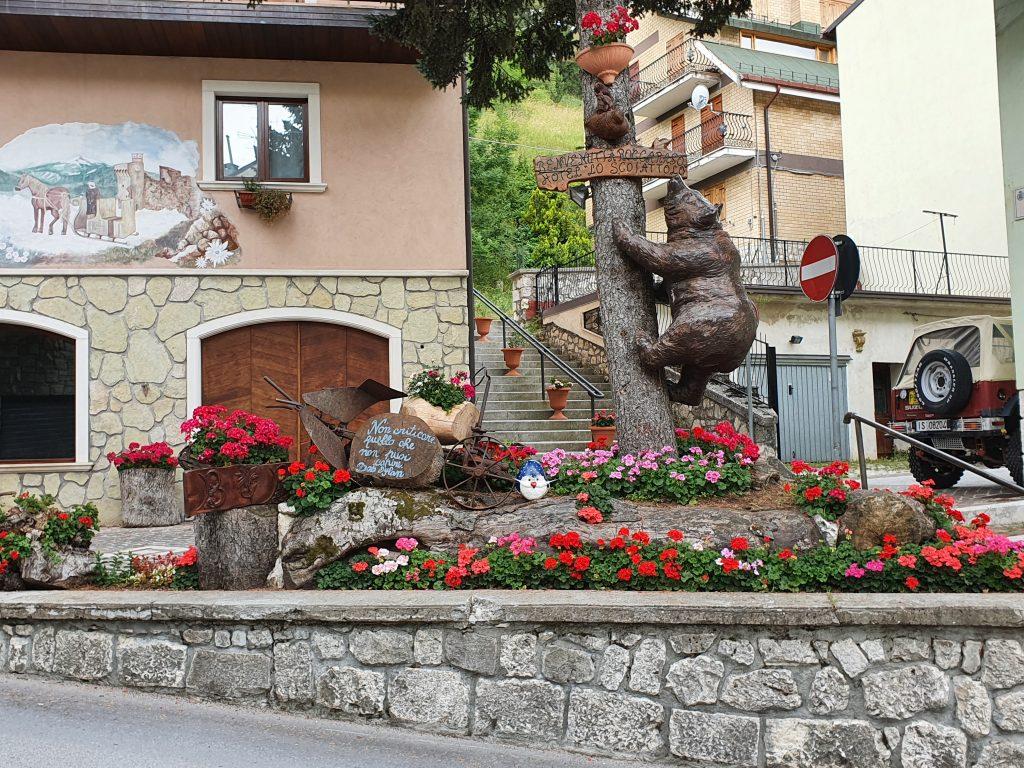 Statua dell'orso a roccaraso