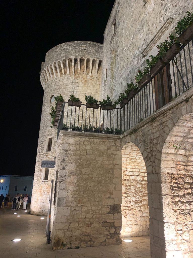 Cosa vedere a Conversano - la torre del Castello
