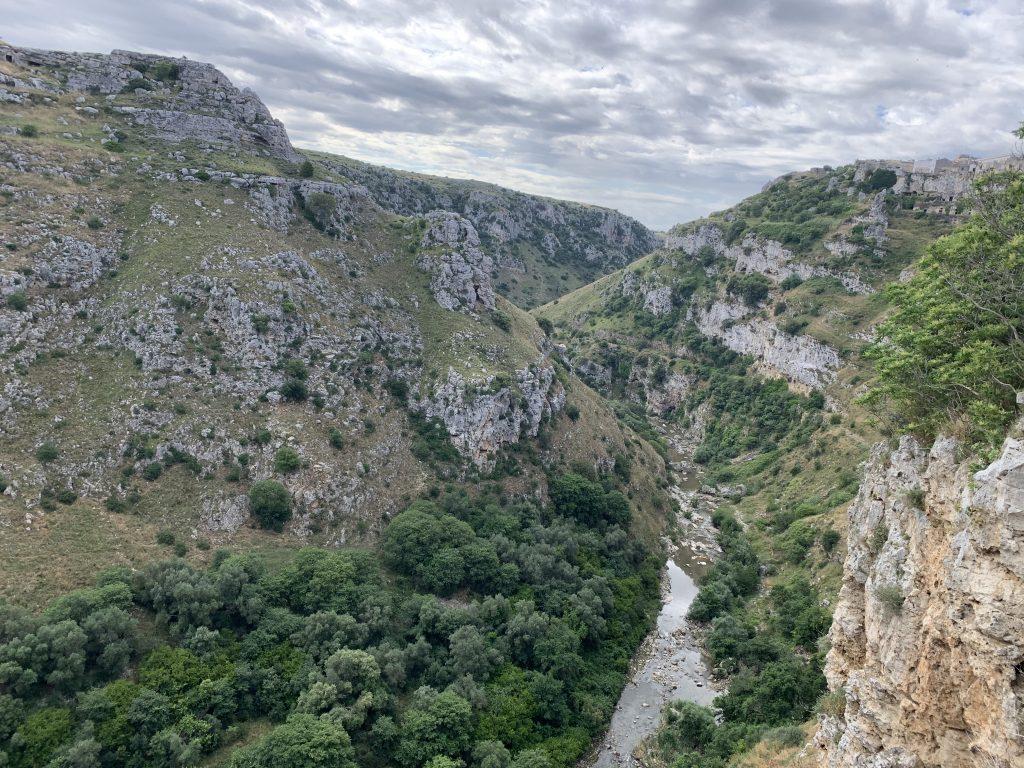 Cinque posti insoliti di Matera - il fiume gravina